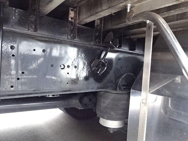 いすゞ H21 ギガ 3軸 冷蔵冷凍車 サイドダブル観音扉 画像18