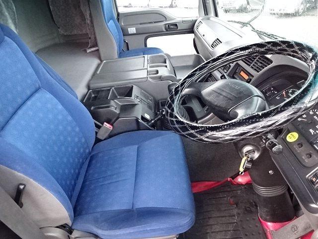 いすゞ H21 ギガ 3軸 冷蔵冷凍車 サイドダブル観音扉 画像22
