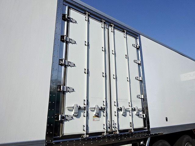 日野 H16 プロフィア 低温冷凍車 実走59.6万km 画像5