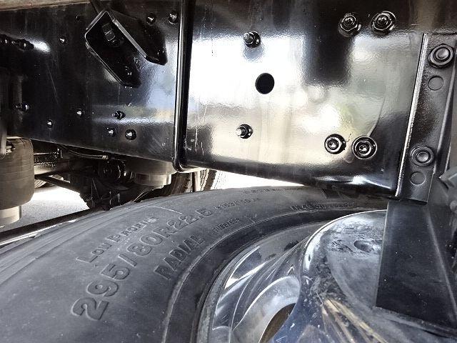 三菱 H24 スーパーグレート 3軸冷凍車 サイド観音扉 画像17