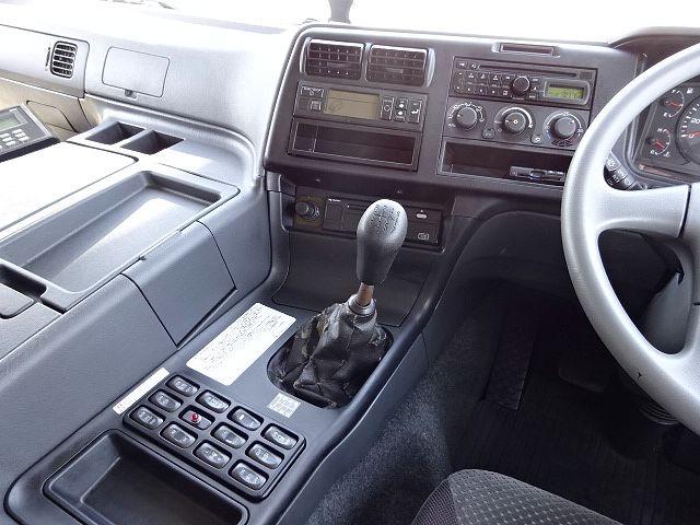 三菱 H24 スーパーグレート 3軸冷凍車 サイド観音扉 画像25