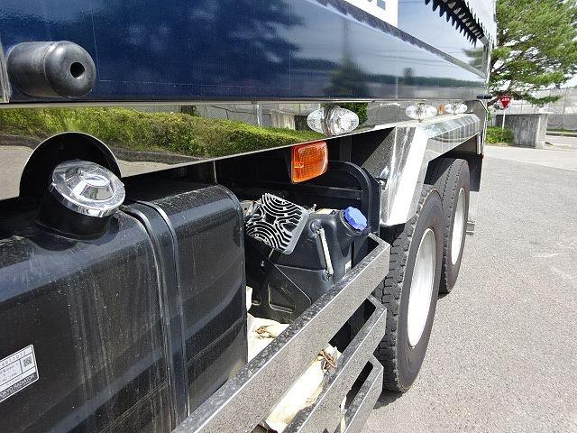 いすゞ H27 ギガ ダンプ 入庫準備中 画像4