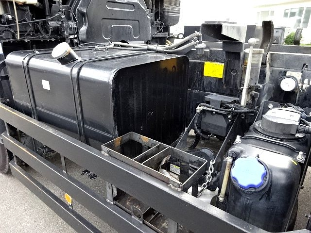 いすゞ H23 ギガ ダンプ 5.3x2.3 積載9.3t 画像18