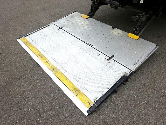 いすゞ H19 フォワード 増トン 冷凍車 格納PG 画像12