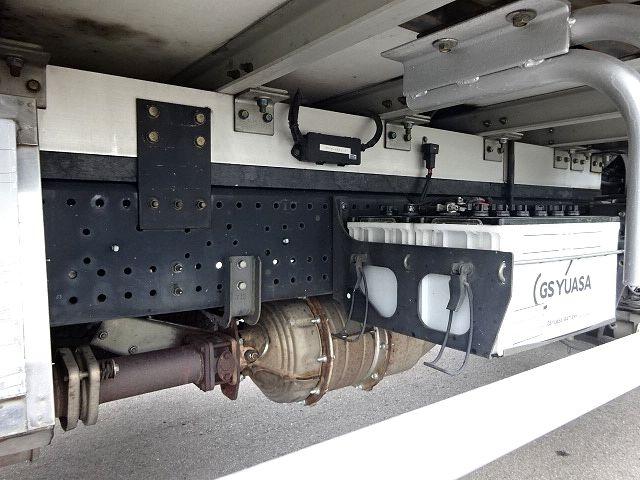 いすゞ H19 フォワード 増トン 冷凍車 格納PG 画像15