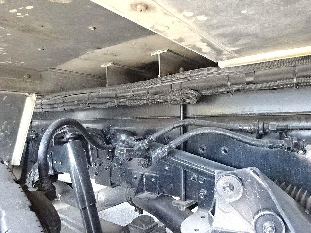 三菱 H22 スーパーグレート 4軸冷凍車 キーストン 画像15