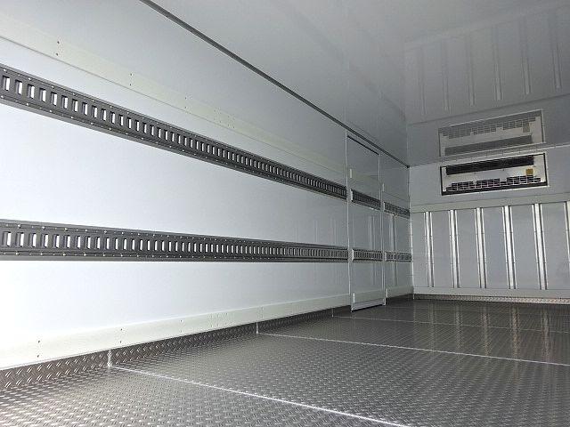 日野 H29 レンジャー フルワイド低温冷凍車 格納PG 画像11