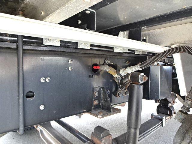 いすゞ H28 ギガ 4軸低床アルミウィング リアエアサス 画像12