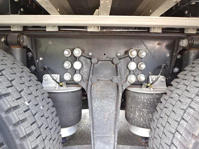 いすゞ H28 ギガ 4軸低床アルミウィング リアエアサス 画像14