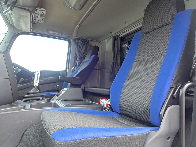 いすゞ H28 ギガ 4軸低床アルミウィング リアエアサス 画像24