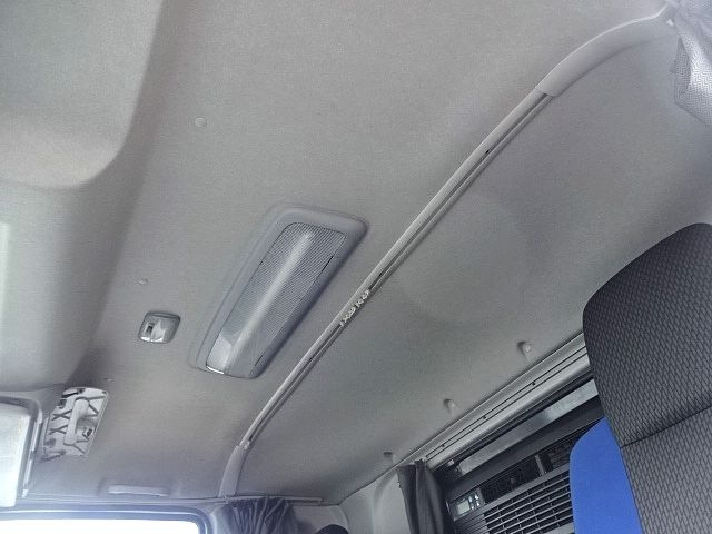 いすゞ H28 ギガ 4軸低床アルミウィング リアエアサス 画像25