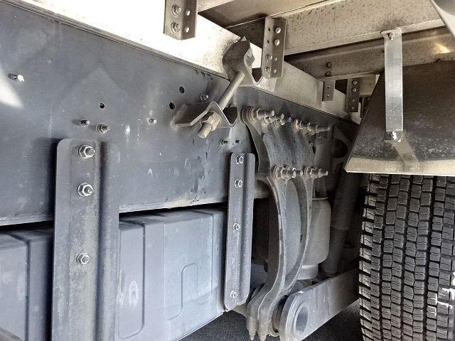 日野 H18 プロフィア 3軸低温冷凍車 格納PG 画像17