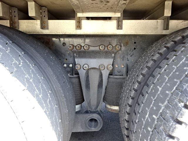 日野 H18 プロフィア 3軸低温冷凍車 格納PG 画像19