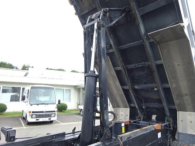 日野 H22 レンジャー 3軸 増トン 土砂ダンプ ★ 画像15