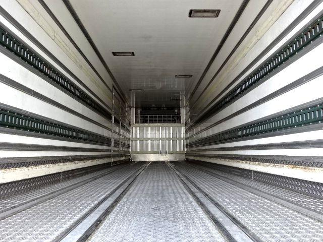 いすゞ H19 ギガ 4軸低床 低温冷凍車 画像11