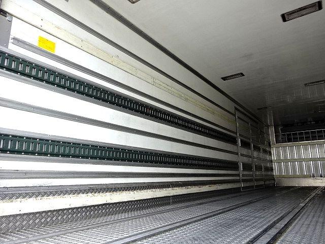 いすゞ H19 ギガ 4軸低床 低温冷凍車 画像12