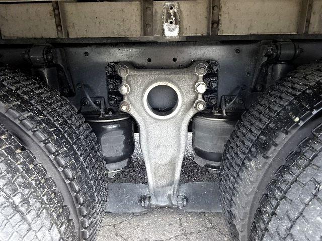 いすゞ H19 ギガ 4軸低床 低温冷凍車 画像19