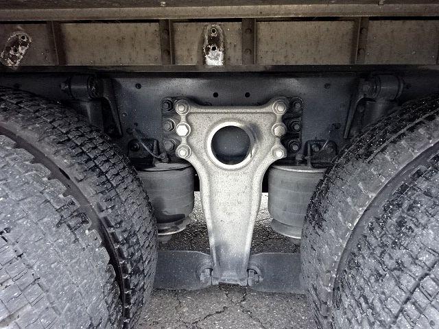 いすゞ H19 ギガ 4軸低床 低温冷凍車 画像20