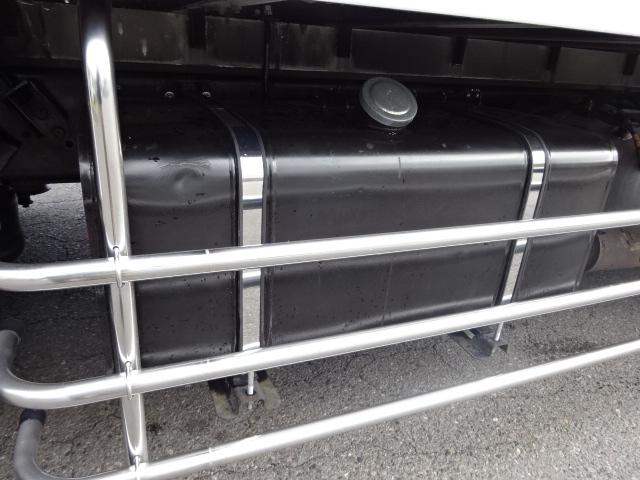 いすゞ H19 ギガ 4軸低床 低温冷凍車 画像22