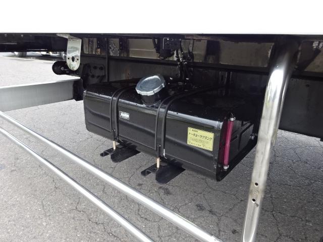 いすゞ H19 ギガ 4軸低床 低温冷凍車 画像23