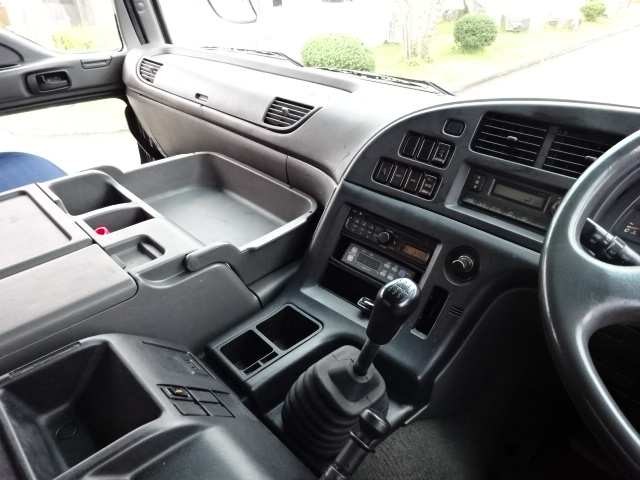 いすゞ H19 ギガ 4軸低床 低温冷凍車 画像27