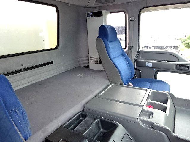 いすゞ H19 ギガ 4軸低床 低温冷凍車 画像28