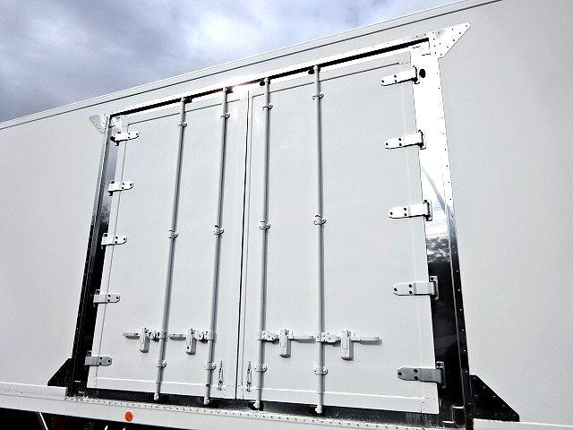 いすゞ H19 ギガ 4軸低床 低温冷凍車 画像5