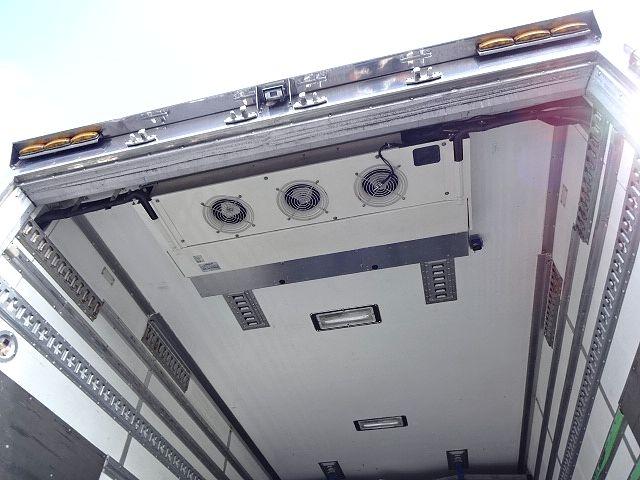 UD H19 クオン ハイルーフ 冷凍車 サイド観音扉 画像16