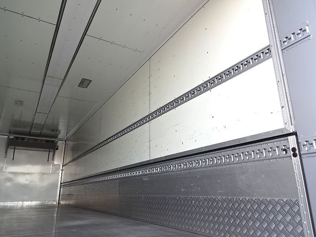 いすゞ H19 ギガ 3軸 ハイルーフ 冷凍ウィング ★ 画像13