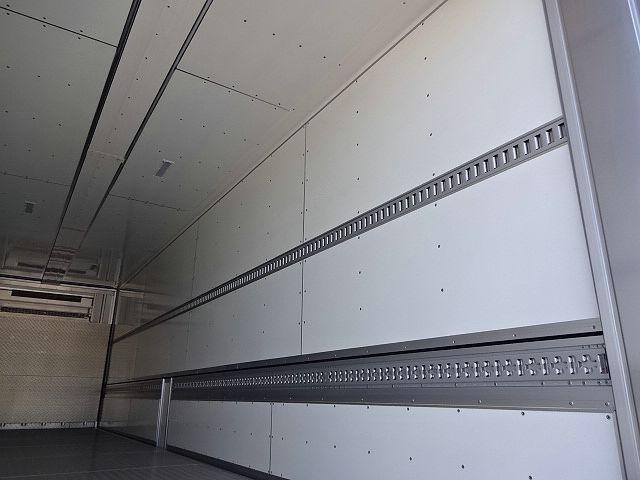 いすゞ H30 ギガ 4軸低床 冷凍ウィング 未使用車 ★ 画像13