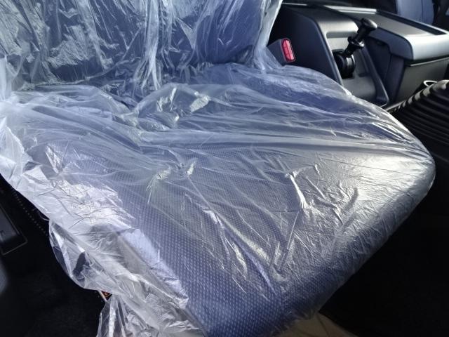 いすゞ H30 ギガ 4軸低床 冷凍ウィング 未使用車 ★ 画像28