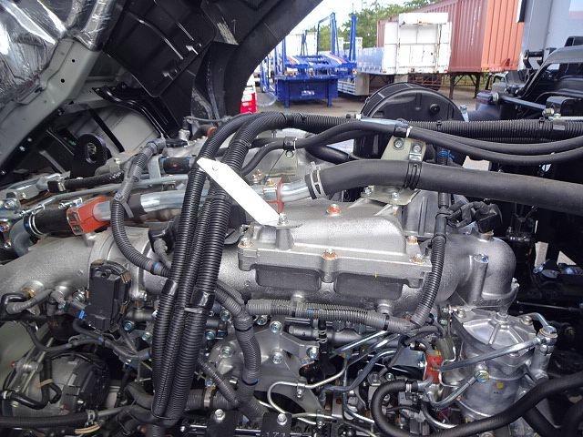 いすゞ H30 ギガ 4軸低床 冷凍ウィング 未使用車 ★ 画像30