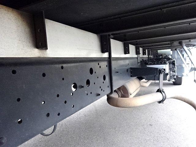 いすゞ H15 フォワード バン PG 仕上げ中! 画像19