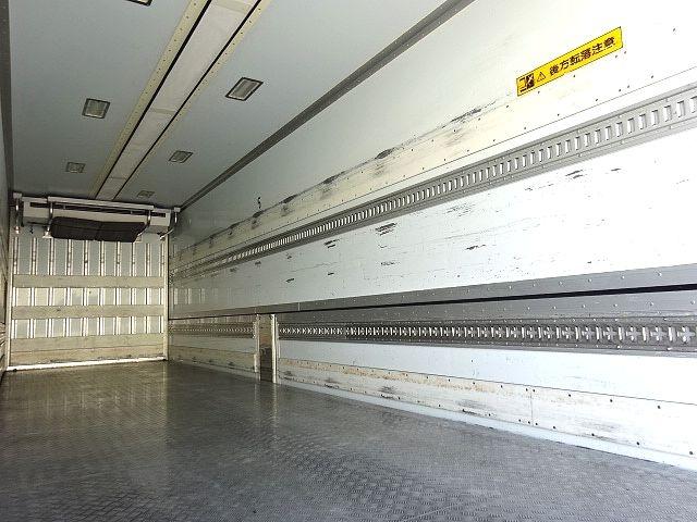 UD H27 クオン ハイルーフ 4軸低床冷凍ウィング★ 画像14