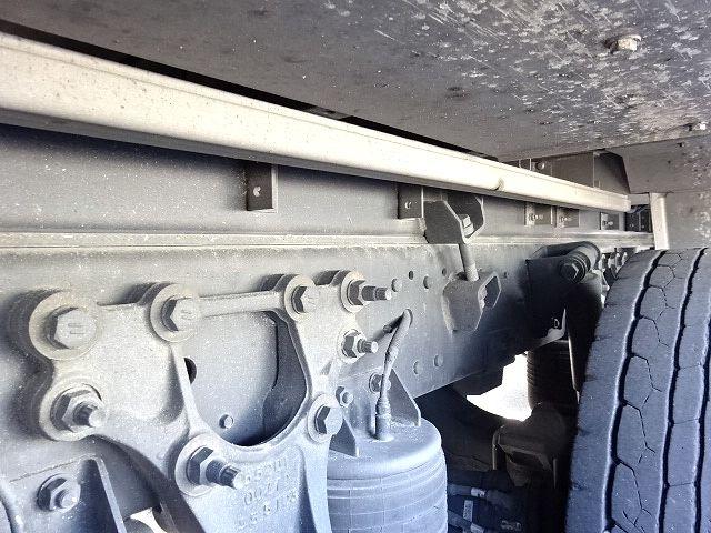 UD H27 クオン ハイルーフ 4軸低床冷凍ウィング★ 画像19