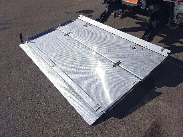 UD H23 コンドル フルワイド 低温冷凍車 格納PG 画像14