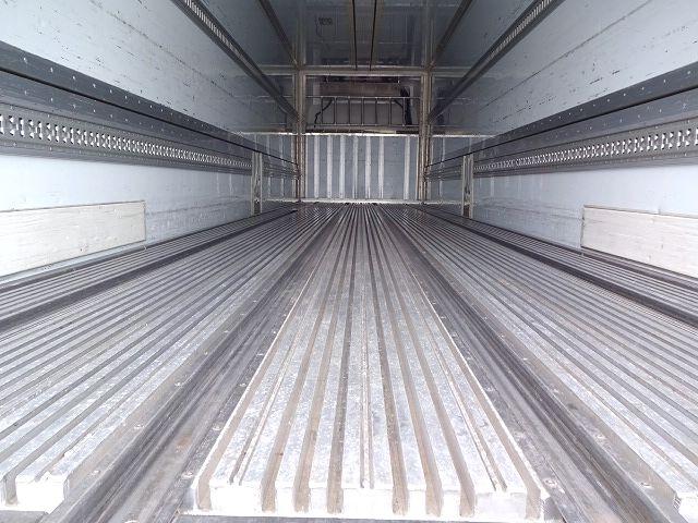いすゞ H25 ギガ 3軸低床冷凍ウィング キーストン ★ 画像12
