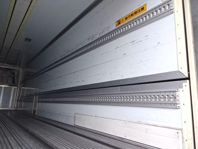 いすゞ H25 ギガ 3軸低床冷凍ウィング キーストン ★ 画像14