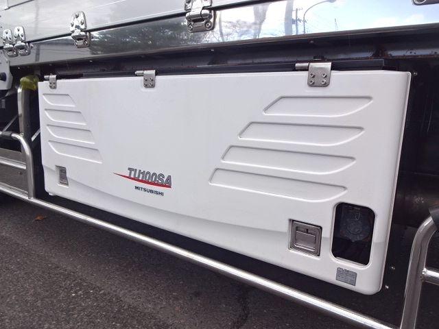 いすゞ H25 ギガ 3軸低床冷凍ウィング キーストン ★ 画像15