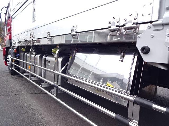 いすゞ H25 ギガ 3軸低床冷凍ウィング キーストン ★ 画像16