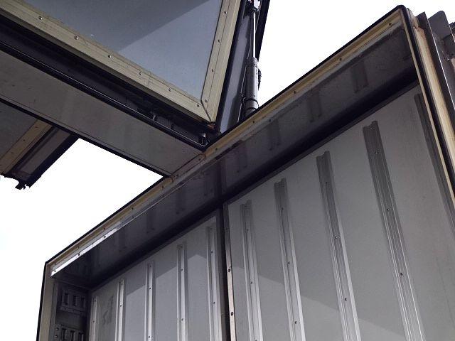 いすゞ H25 ギガ 3軸低床冷凍ウィング キーストン ★ 画像18