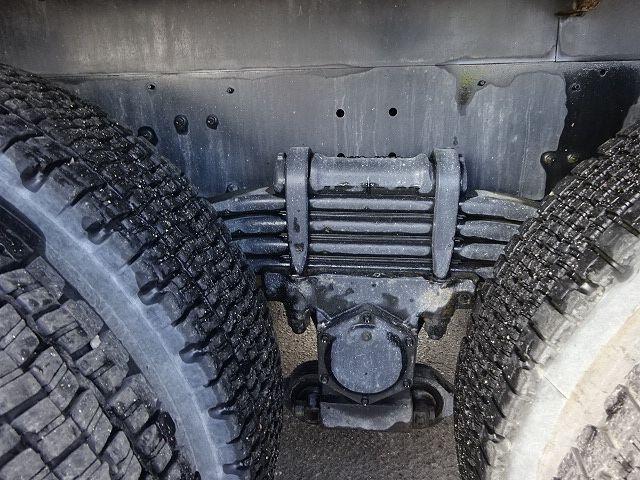 UD H21 クオン コンクリートミキサー 仕上げ中 画像18