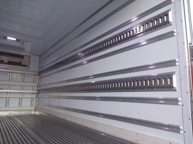 三菱 H23 キャンター カスタム ワイドロング 冷凍車 画像14