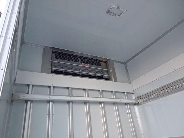 三菱 H30 ファイター フルワイド低温冷凍車 格納PG 画像15