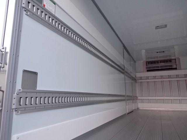 三菱 H30 ファイター フルワイド低温冷凍車 格納PG 画像12