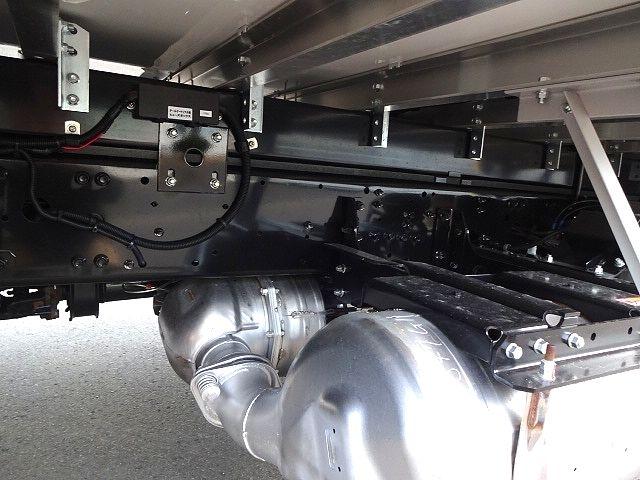 三菱 H30 ファイター フルワイド低温冷凍車 格納PG 画像16
