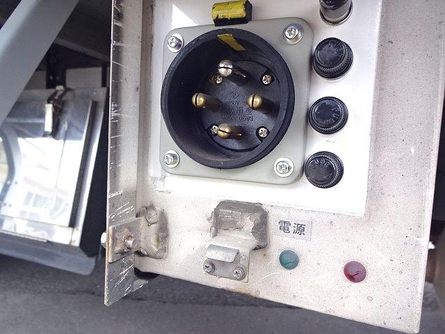日野 H28 レンジャー フルワイド低温冷凍車 格納PG 画像15