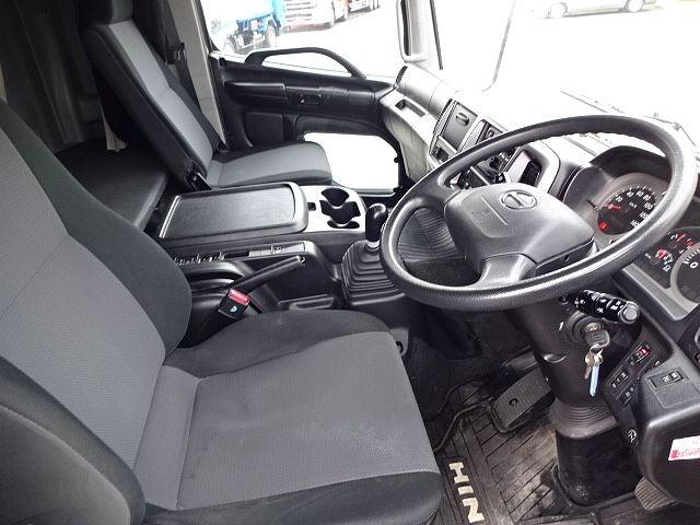 日野 H28 レンジャー フルワイド低温冷凍車 格納PG 画像22