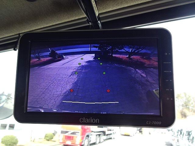 三菱 スーパーグレート 4軸低床冷凍車 キーストン 画像3