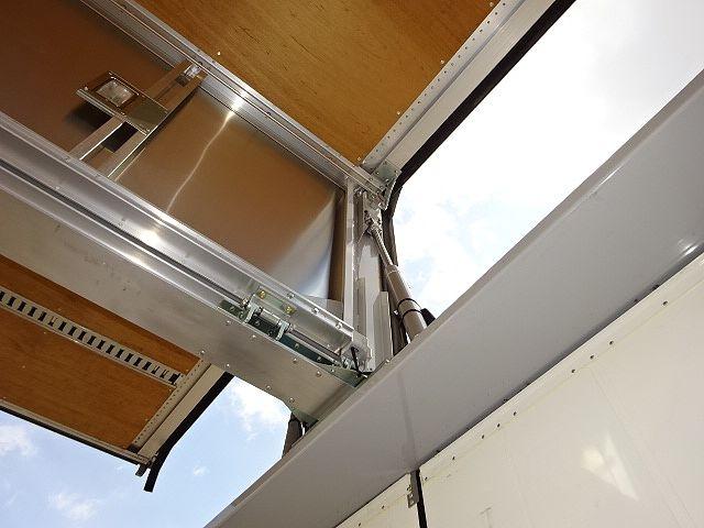 いすゞ H26 ギガ 4軸低床アルミウィング 画像13
